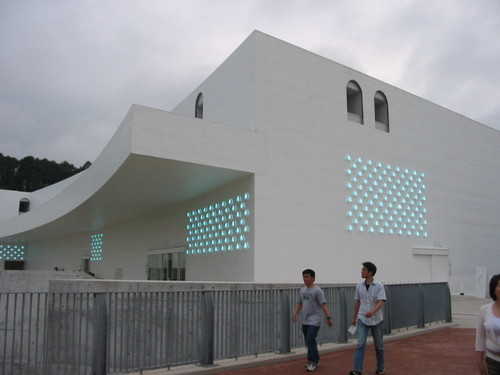 2006_095